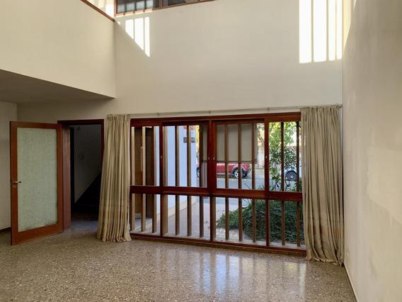 Se Vende - Oportunidad- Casa En Calle 9 De Julio, San Martin, Mendoza