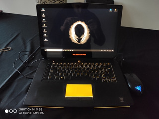 Dell Alienware R2 - Laptop Gamer + Mouse Razer Abyssus 1800