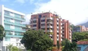 Casas En Venta En Campo Alegre Mls #19-10495