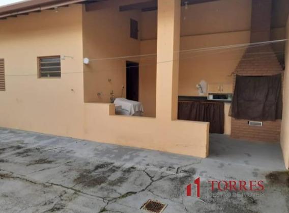 Casa A Venda No Bairro Centro Em Tremembé - Sp. - 404-1