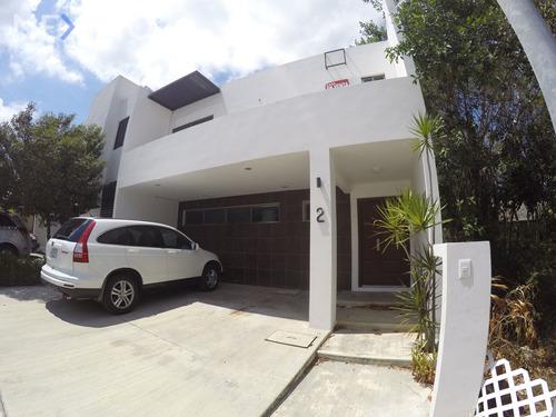 Imagen 1 de 21 de Casa En Venta En Cancún, Quintana Roo, Residencial Palmaris