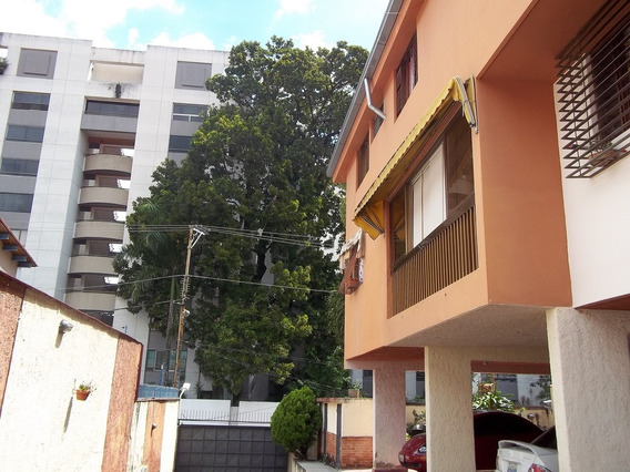 Townhouse En Venta Los Chorros Caracas Rent A House