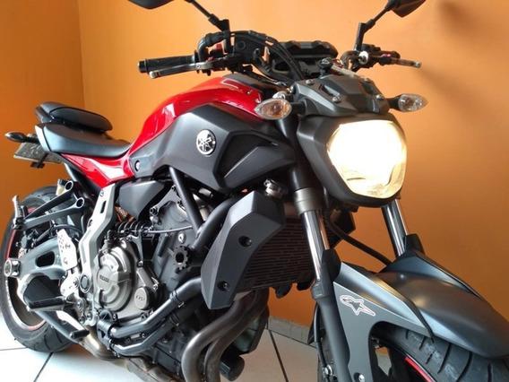 Yamaha Mt-07 600c