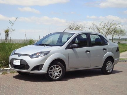 Ford Fiesta Max One Ambiente 2011