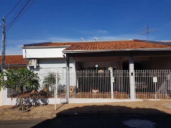 Casa Recém Reformada Com 7 Cômodos 2 Banheiros 208 M2