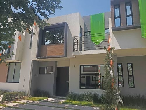 Casa Nueva 3 Rec, 3 Baños, Capital Norte, Alberca. Zapopan