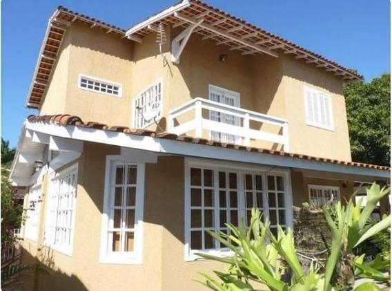 Casa Em Serra Grande, Niterói/rj De 290m² 3 Quartos Para Locação R$ 2.900,00/mes - Ca266877