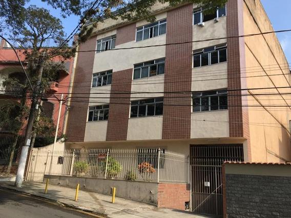 Apartamento Para Venda Em Volta Redonda, Jardim Amália, 4 Dormitórios, 1 Suíte, 3 Banheiros, 2 Vagas - 077_2-456870