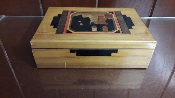 Caja Antigua De Cedro