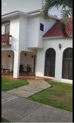Se Vende Casa Privada Bugambilias Residencial Con Alberca Compartida Area Verde Jardin