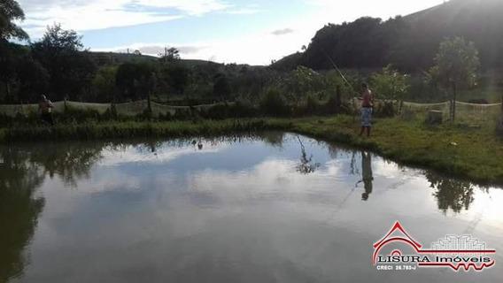 Chácara / Sitio Com Lago Varadouro Jacareí Sp - 5907