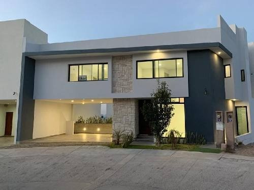 Casa En Condominio En Venta En Monterra, San Luis Potosí, San Luis Potosí