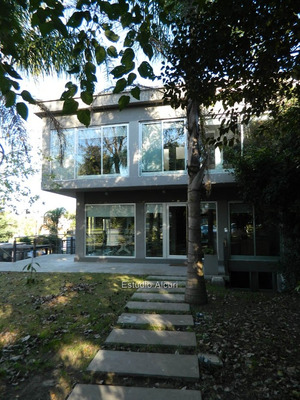 Edificio De Oficinas En Carrasco