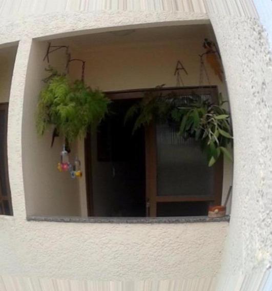 Apartamento - Ref: V4213