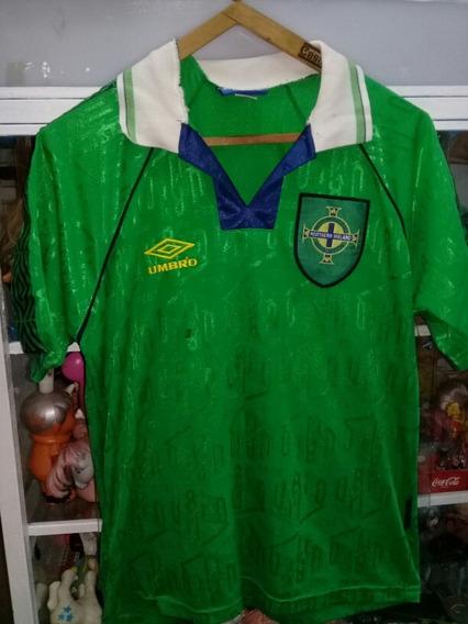 Irlanda Camiseta Umbro Talle 2