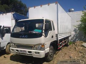 Jac Camion En Exelente Estado