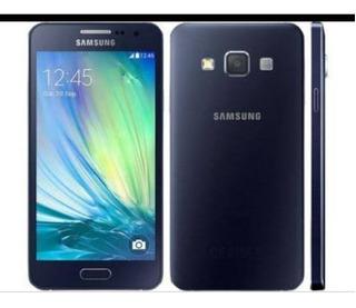 Smartphone Samsung E5 Dual Chip