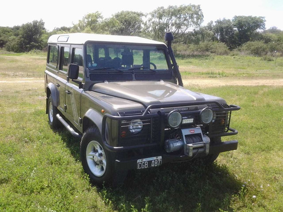 Land Roover. Defender County Unica.