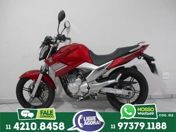 Yamaha 250 Fazer Vermelha