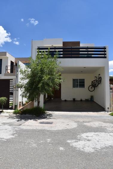 Hermosa Casa En Privada Portal Del Roble, Colinas Del Padre