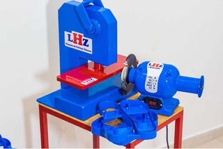 Maquina De Chinelos 10 Facas + Maquina De Estampa Lhz