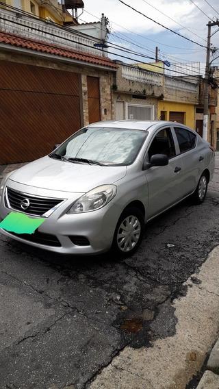 Nissan Versa 1.6 16v S Flex 4p 2012 Unico Dono