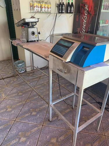Imagem 1 de 5 de Vendo Maquinário De Açougue
