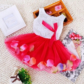 Vestido Com Pétalas De Rosas