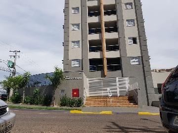 Apartamentos - Ref: 11572