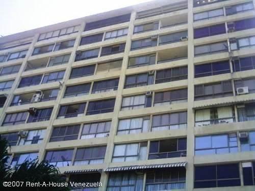 Apartamento En Venta 20-1681 Yubelys Martinez