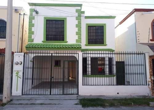 Casa En Renta, Antonio Loyola 106, Boulevares 2a Seccion, Aguascalientes, Rcr 338662