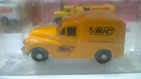 Miniatura 1/50 Caminhões Históricos Corgi Bic Van Morris
