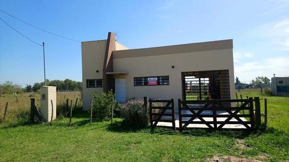 Venta Excelente Casa En Domselaar,hermosa Ubicacion