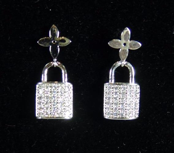 Brinco Pequeno Feminino Cadeado Prata Com Cristal J3081