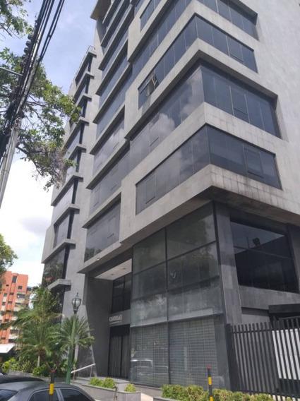 Jesús Uzcanga 04144226618 Cod 425439 La Viña 700