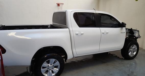 Toyota Hilux Chocada