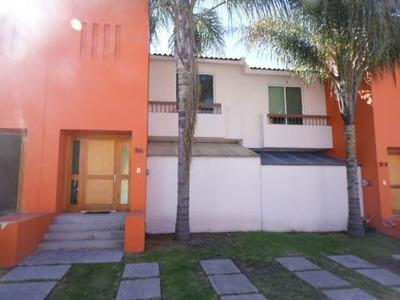 (crm-1621-12) Ti/ Casa En Renta Juriquilla Naranjos