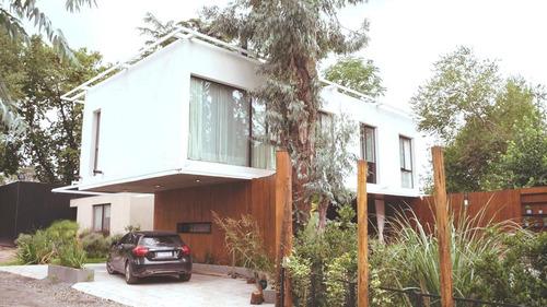 Casa En Venta::4 Ambientes::condominio::520m2 Y 250m2 Const.