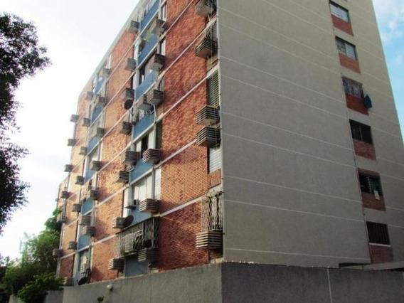Verónica Ch. Vende Apartamento Delicias Norte Maracaibo