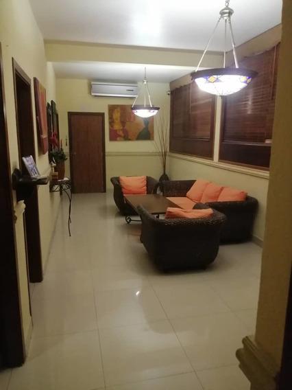 Apartamento En La Pomona