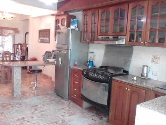 Casa En Venta Barquisimeto Patarata, 20-1476 Ne