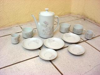 Antigo Jogo Chá Porcelana Pozzani Decoração Flores Década 70