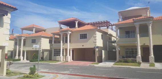 Casa En Venta, Madre Vieja Sur, Sa, Cristobal