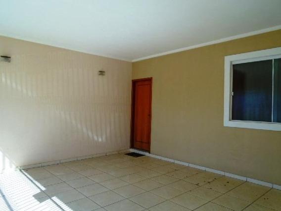 Casa Para Venda Em Araras, Jardim Abolição De Lourenço Dias, 3 Dormitórios, 1 Suíte, 2 Banheiros, 2 Vagas - V-258