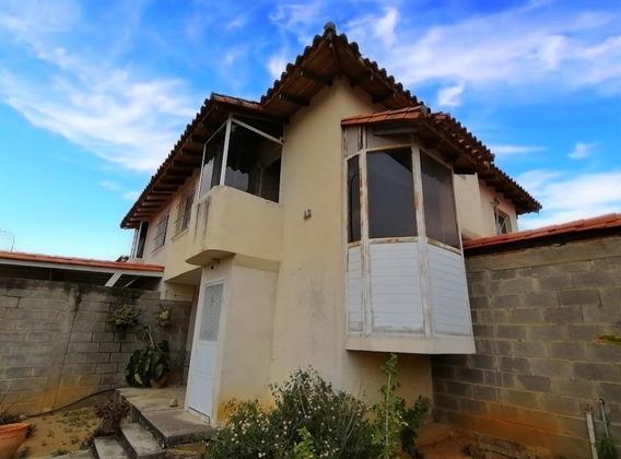Casa Tipo Town House En Venta Lara Venezuela 04245067576