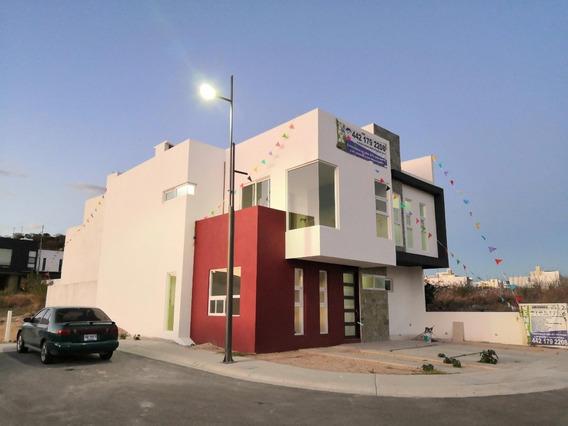 Increíble Residencia Con Extraordinaria Arquitectura 285 M2