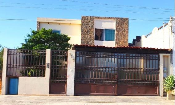 Casa 3 Recamaras, 3 Baños Completos, Alberca Y Cochera 2 Aut