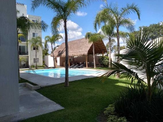 En Venta Departamento Planta Baja, Paseo Los Olivos, Playa Del Carmen P3263