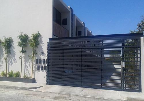 Town House Amueblado En Renta, Zona Altabrisa,excelente Ubicación,mérida,yucatán
