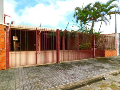 Casa No Três Marias Em Peruíbe À Venda.